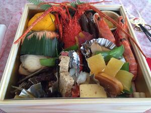 料亭のおせちが愛知県碧南市から届きました